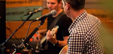 sunday-acoustic-session